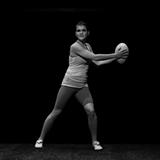 Corps de femme 2 – le ballon ovale